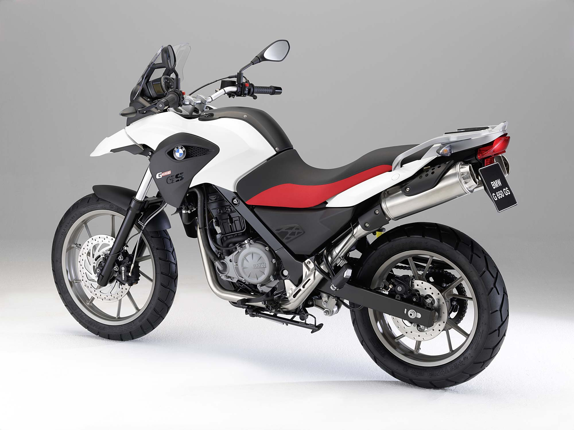 2011 BMW G650GS - A Face Only a Mother Could Love - Asphalt & Rubber