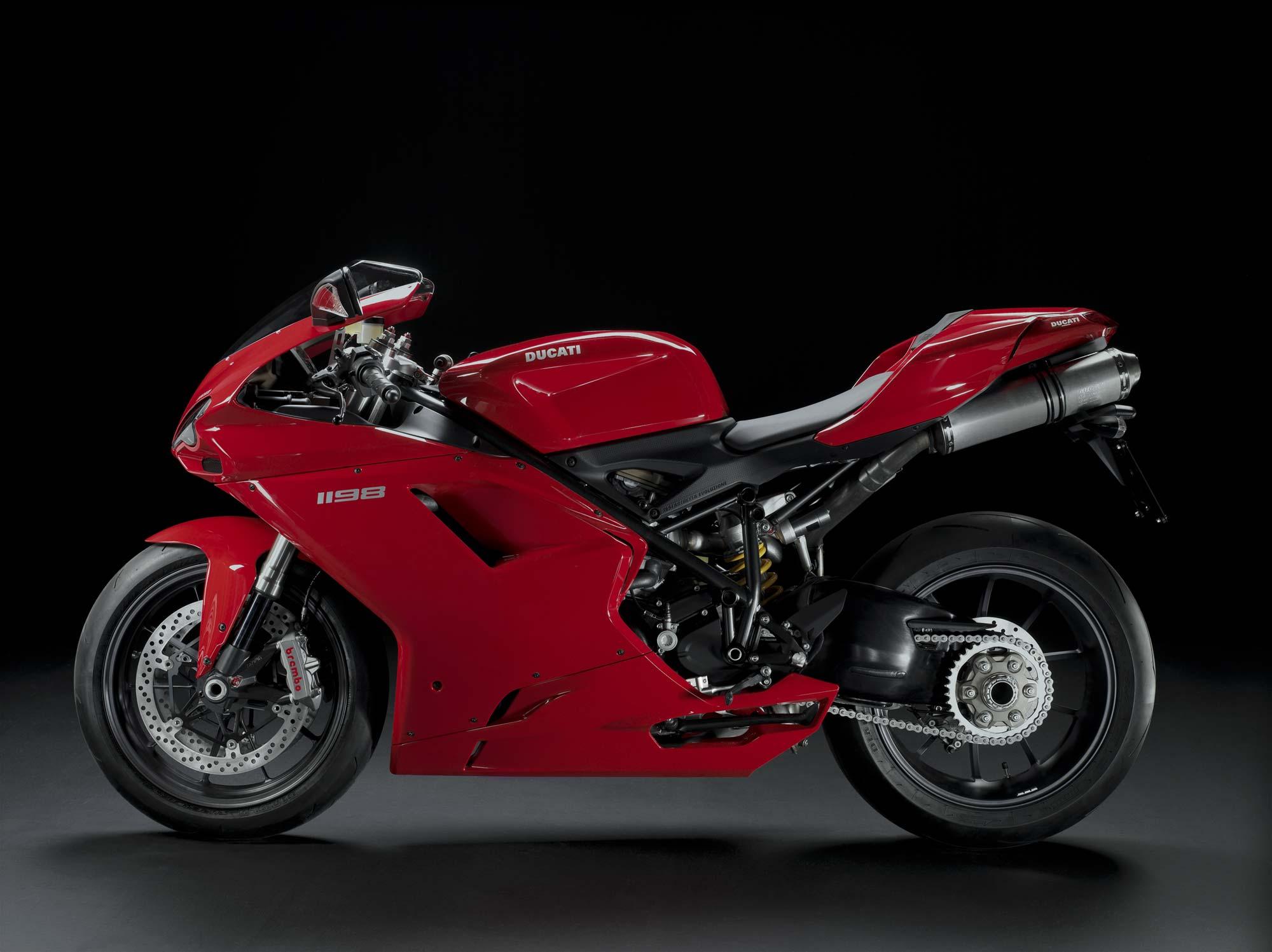 Super Bikes Motorbikes Bike: 2011 Ducati Superbike 1198 Gets Free Traction Control
