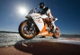 Ty Howard Flogs the 2011 KTM 1190 RC8 R thumbs 47140 rc8 r 2011 action