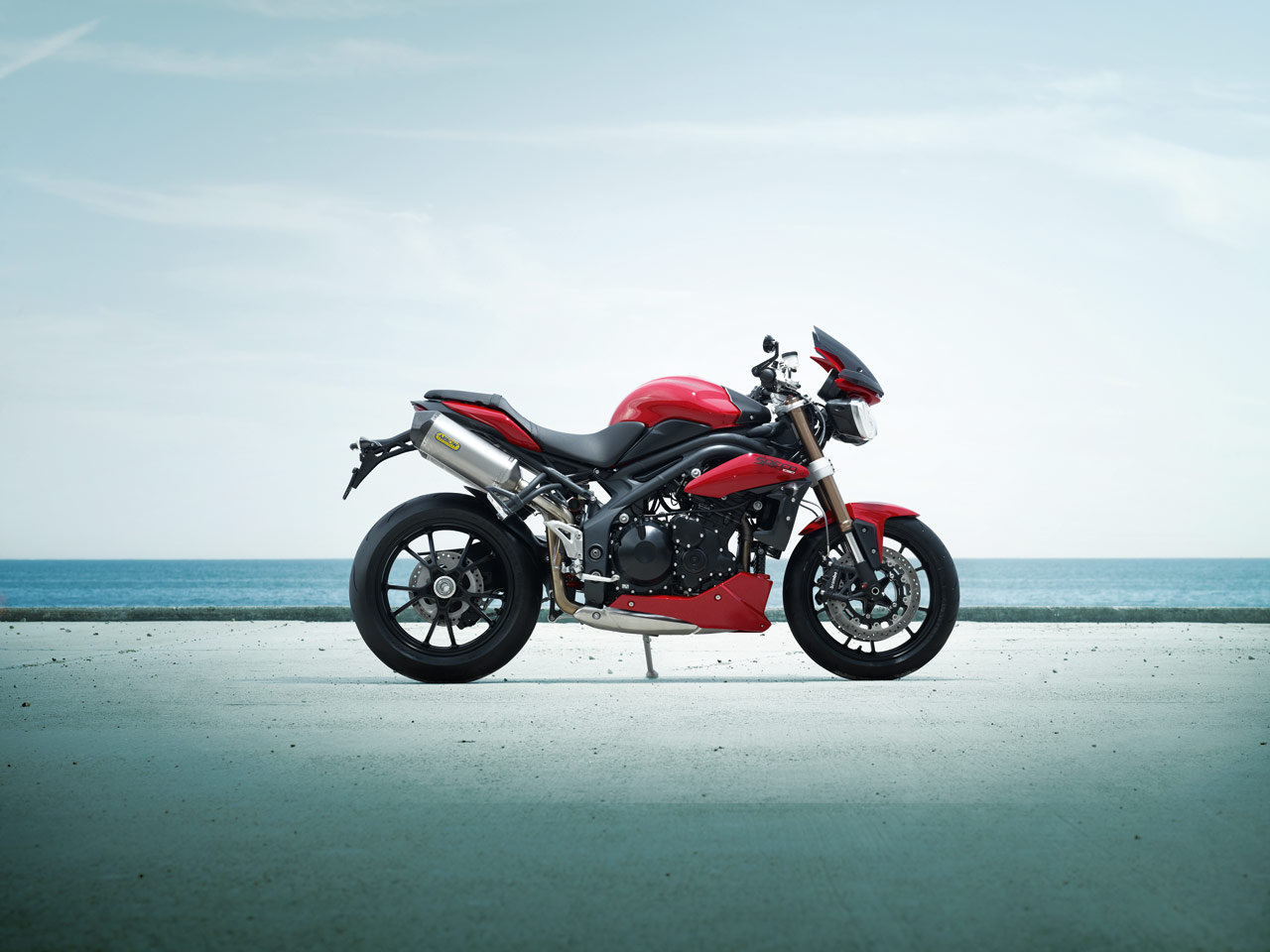 Awesome 2010 Triumph Street Triple R Seat Height Motorcycles For Ibusinesslaw Wood Chair Design Ideas Ibusinesslaworg