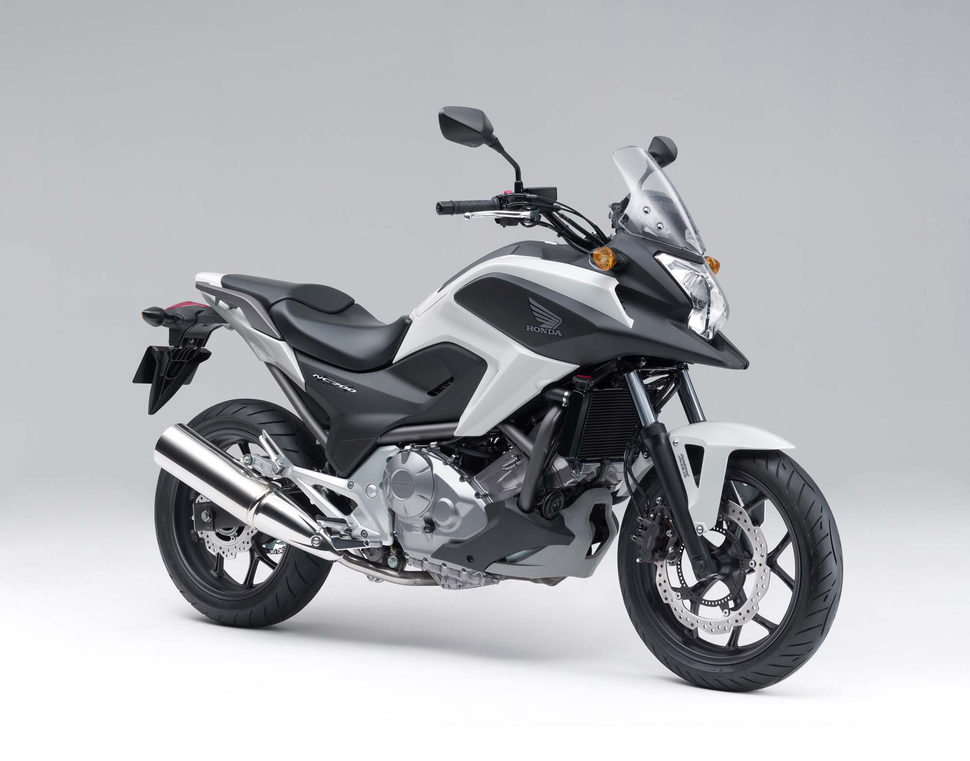 the 2012 honda nc700x is coming to america asphalt rubber. Black Bedroom Furniture Sets. Home Design Ideas