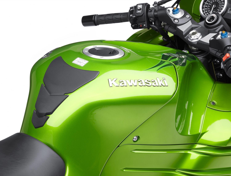 2012 Kawasaki ZX-14R Breaks Cover