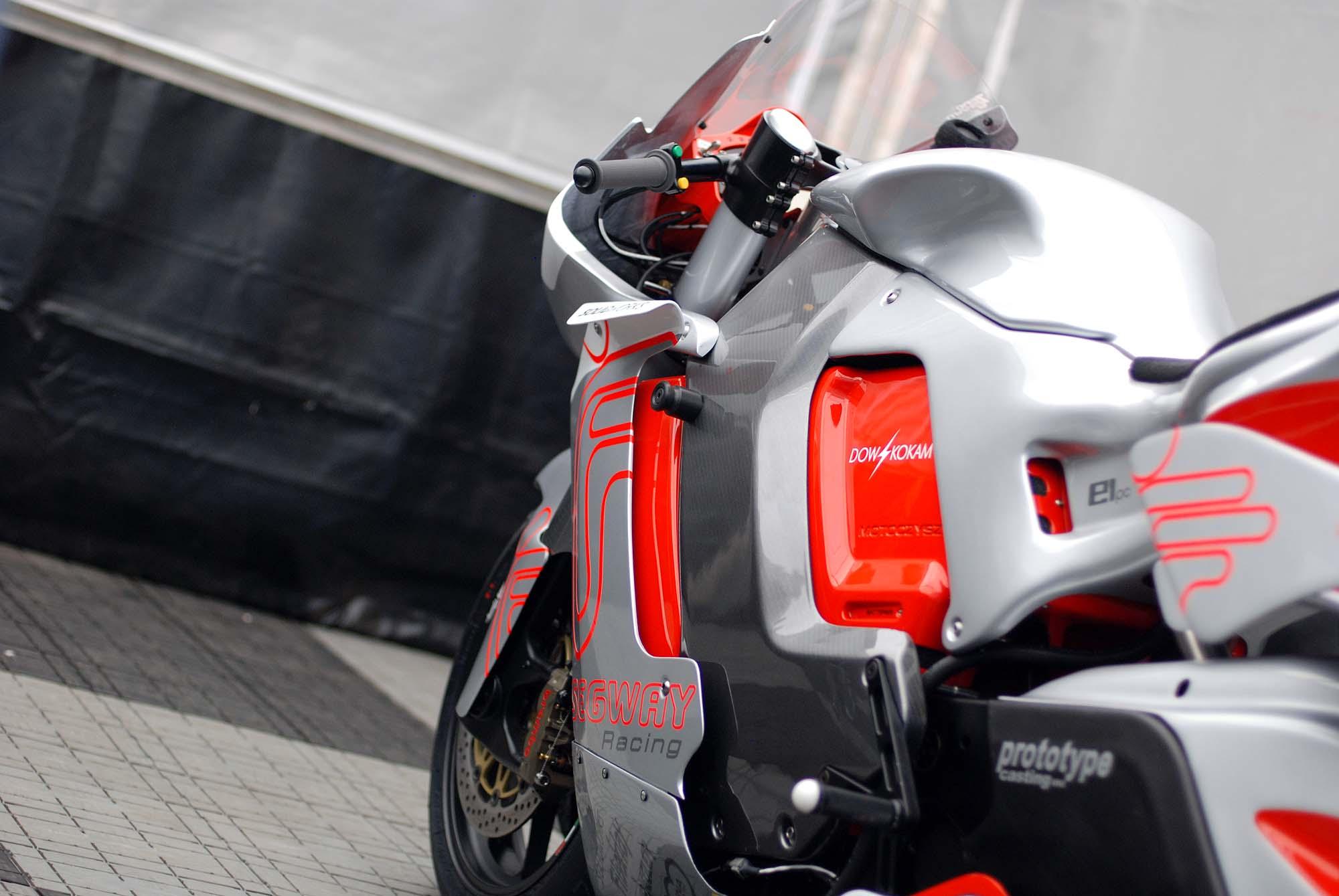 TT Ile de Man 2012-motoczysz-e1pc-iomtt-pit-08