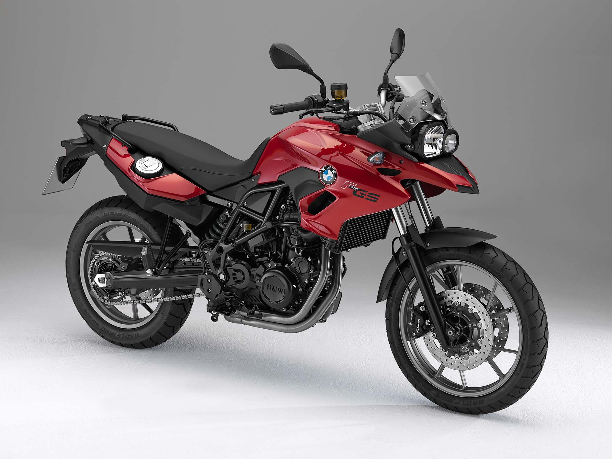 2013 bmw f700gs breaks cover asphalt rubber. Black Bedroom Furniture Sets. Home Design Ideas