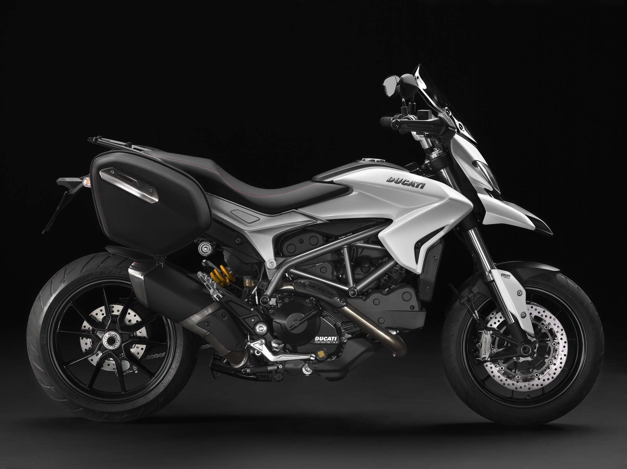 Ducati Hyperstrada  Specs