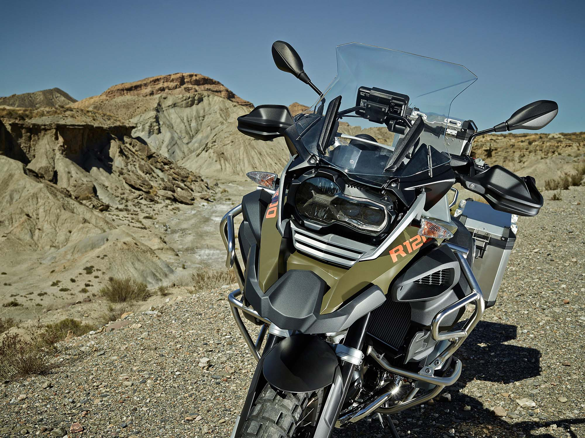 119 Hi-Res Photos of the BMW R1200GS Adventure - Asphalt & Rubber
