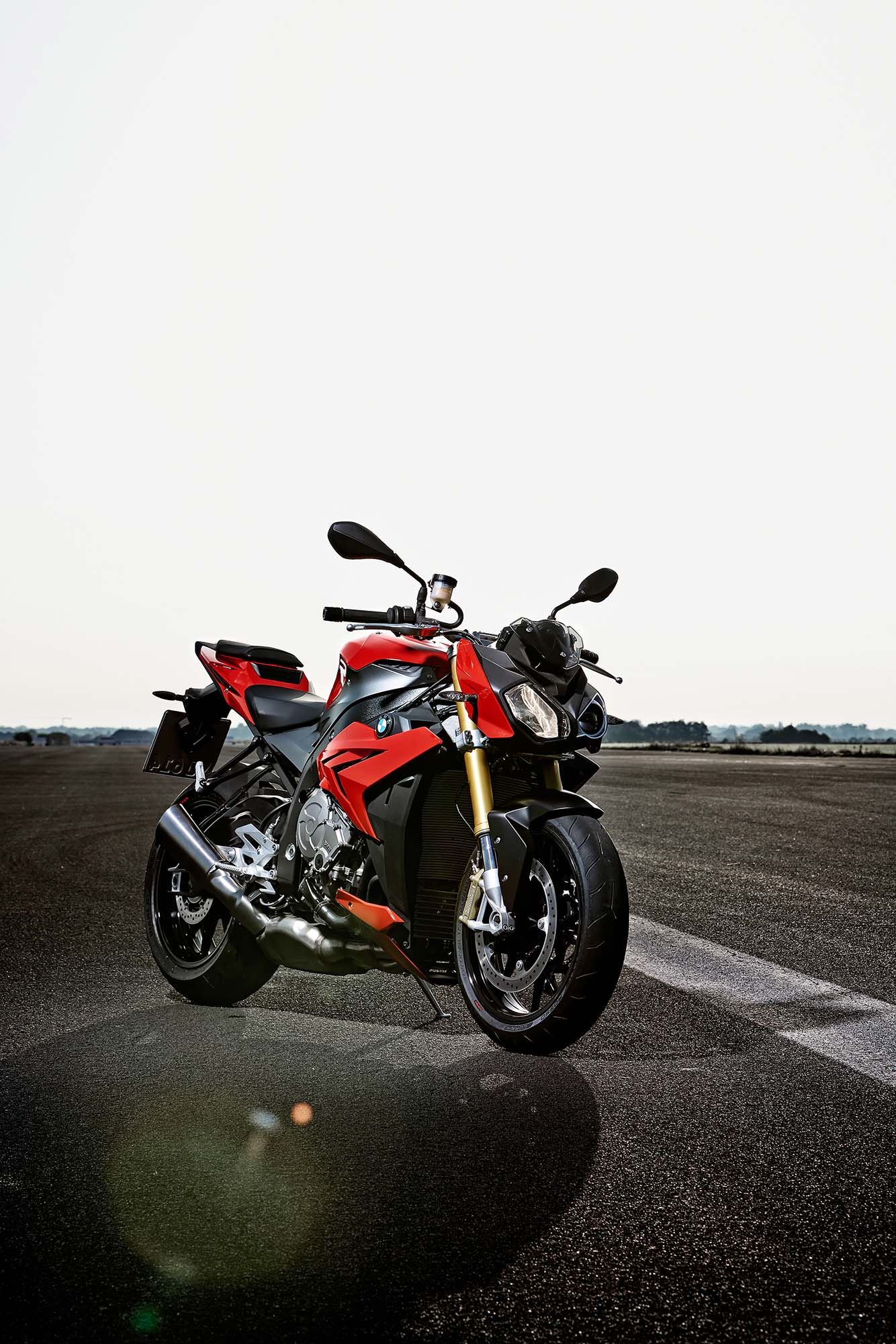 2014 bmw s1000r 160hp abs optional dtc ddc. Black Bedroom Furniture Sets. Home Design Ideas