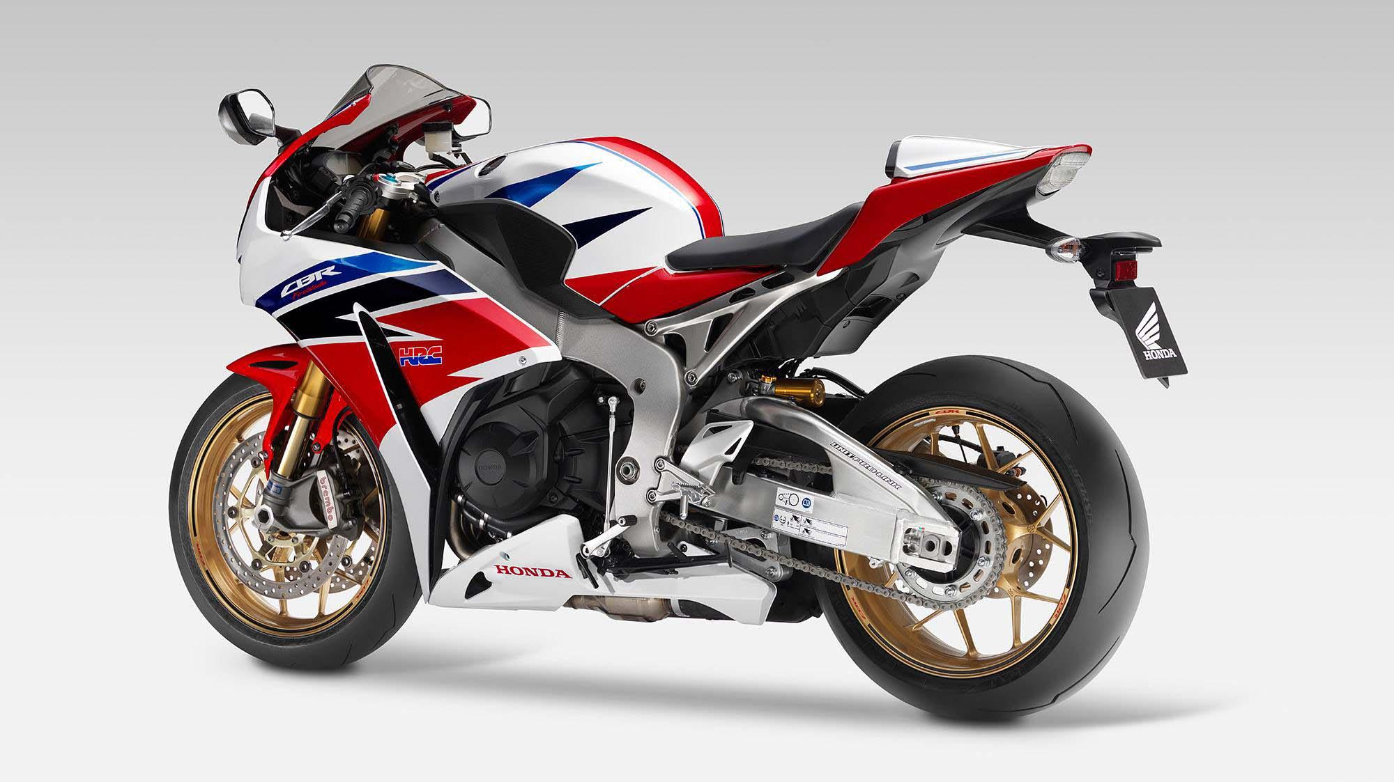 2014 Honda CBR1000RR SP - A Better Fireblade - Asphalt & Rubber