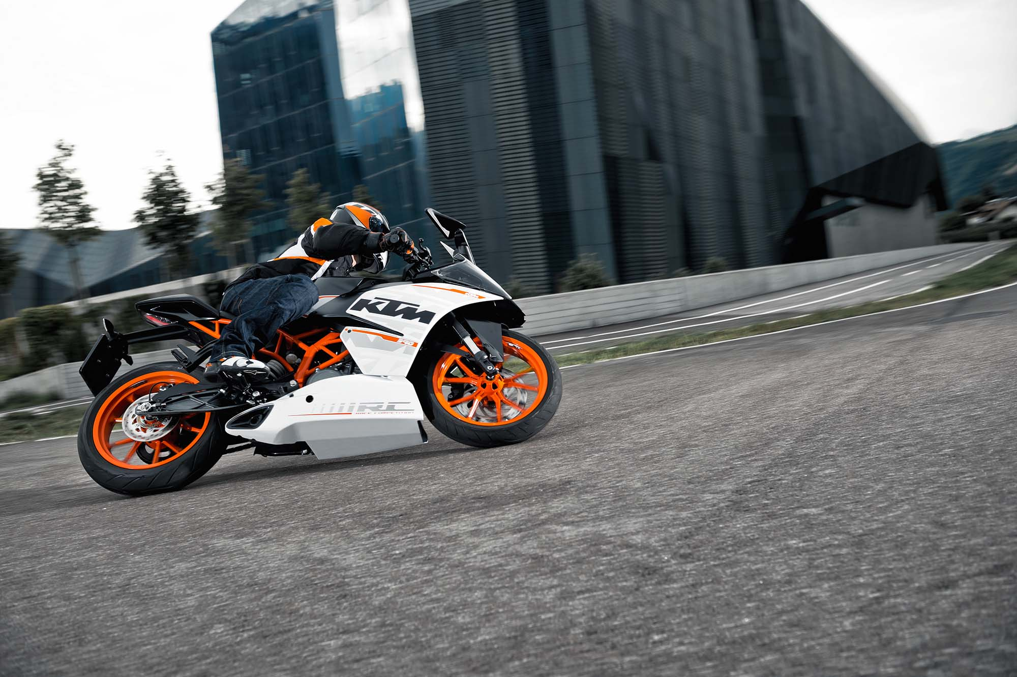 Ktm Rc390 Coming To America 5 499 Asphalt Amp Rubber