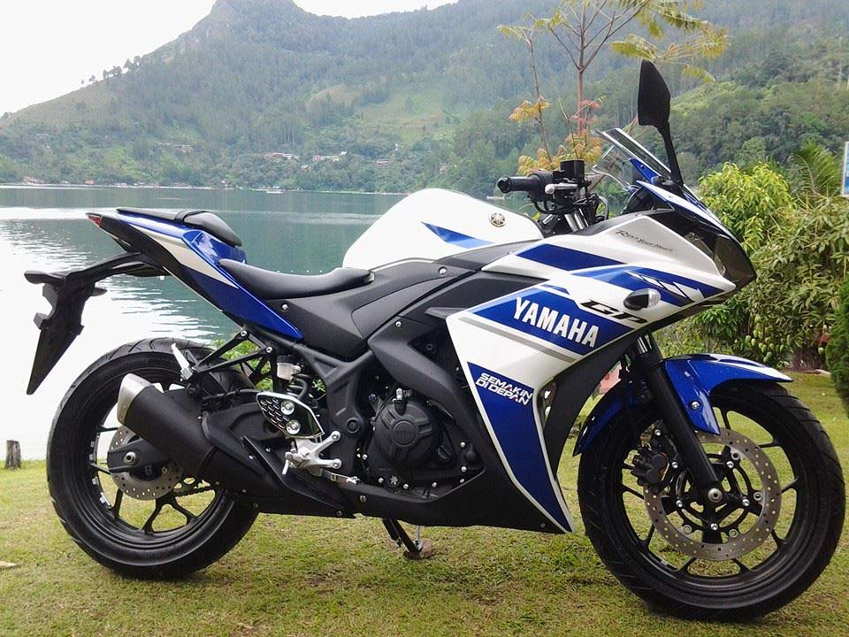 Yamaha yzf r25 debuts in indonesia asphalt rubber for Yamaha yzf r25