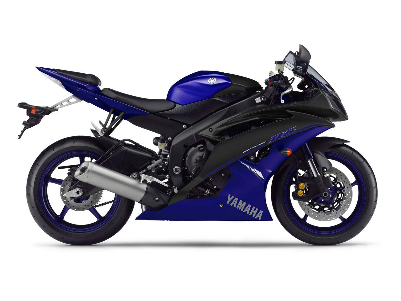 yamaha r1 blue bike - photo #14