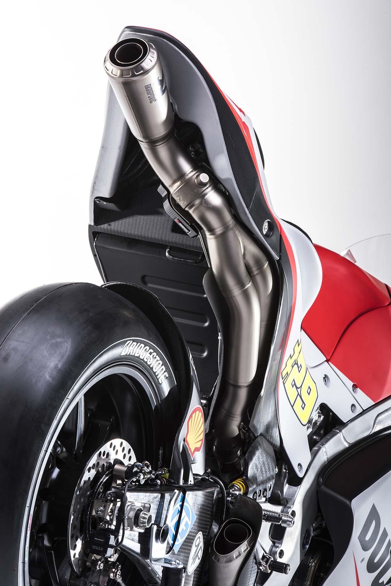 Ducati GP15 2015-Ducati-Desmosedici-GP15-MotoGP-photos-62