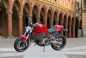 2015-Ducati-Monster-821-39