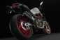 2015-Ducati-Monster-821-61