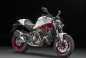 2015-Ducati-Monster-821-63