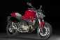 2015-Ducati-Monster-821-70
