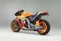 2015-Honda-RC213V-Marc-Marquez-HRC-33