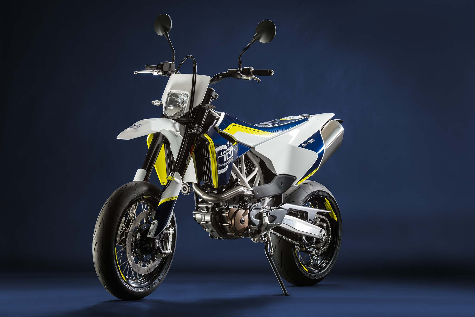 2016 husqvarna 701 supermoto 690cc of street hooligan. Black Bedroom Furniture Sets. Home Design Ideas