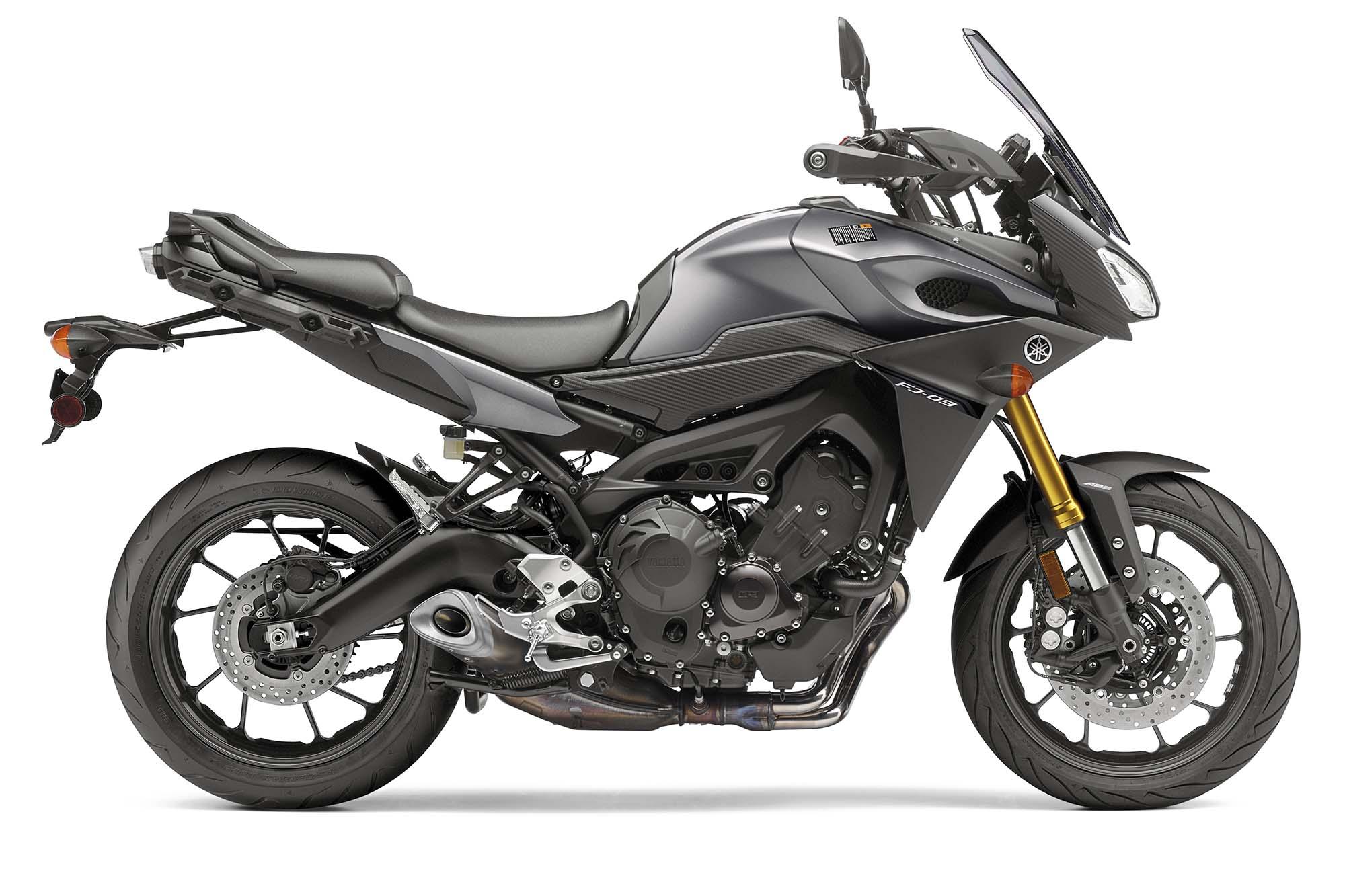 121714-2015-Yamaha-FJ-09-Beauty-9723 - Motorcycle.com