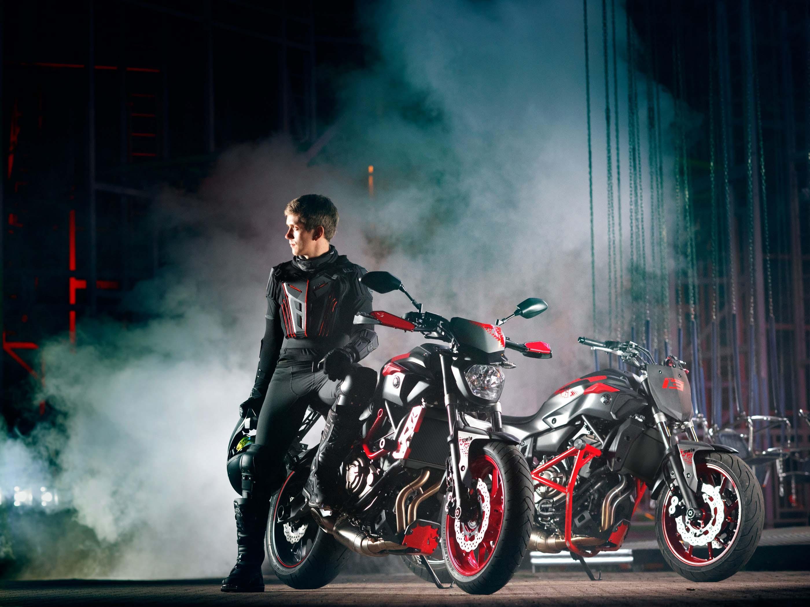 2015 Yamaha MT-07 Moto Cage - For Euro Stunters - Asphalt