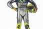 2015-Yamaha-Racing-Valentino-Rossi-15
