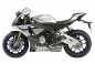 2015-Yamaha-YZF-R1M-01