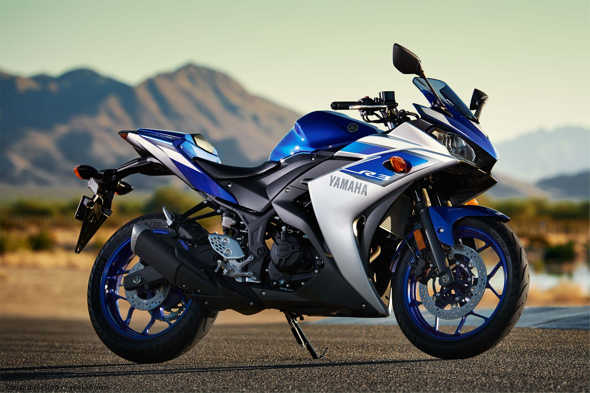 Yamaha YZF R3 Revealed