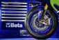 2015-Yamaha-YZR-M1-photos-38