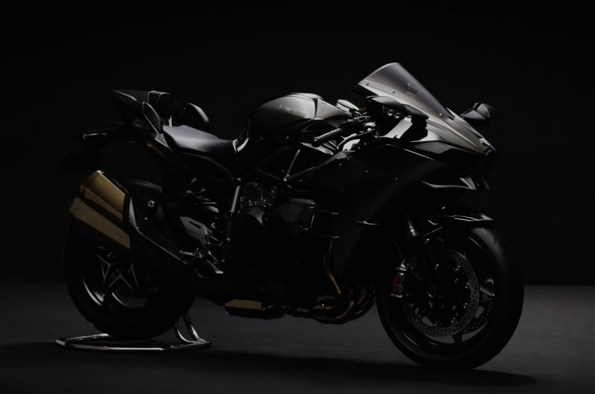 Kawasaki Ninja R Black Colour