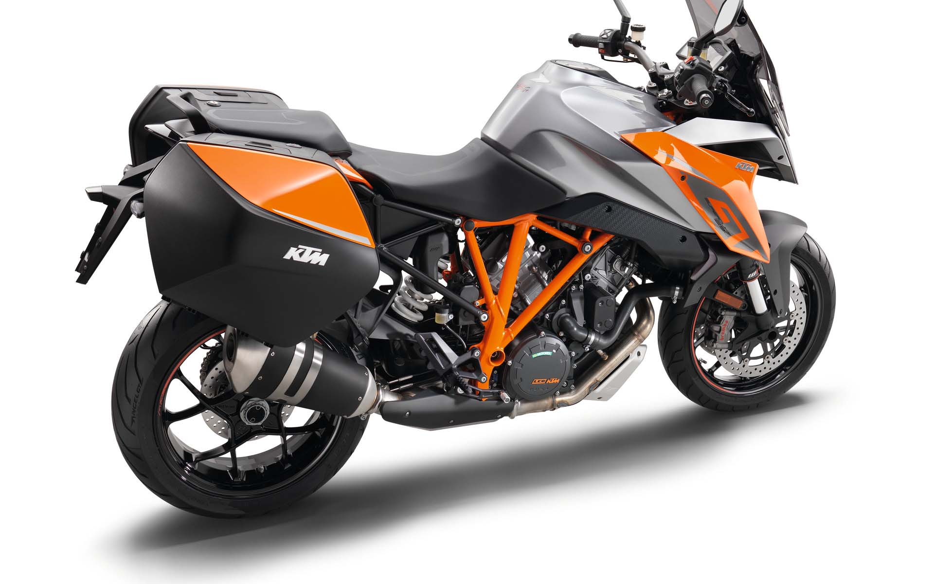 ktm 1290 super duke gt mega gallery. Black Bedroom Furniture Sets. Home Design Ideas