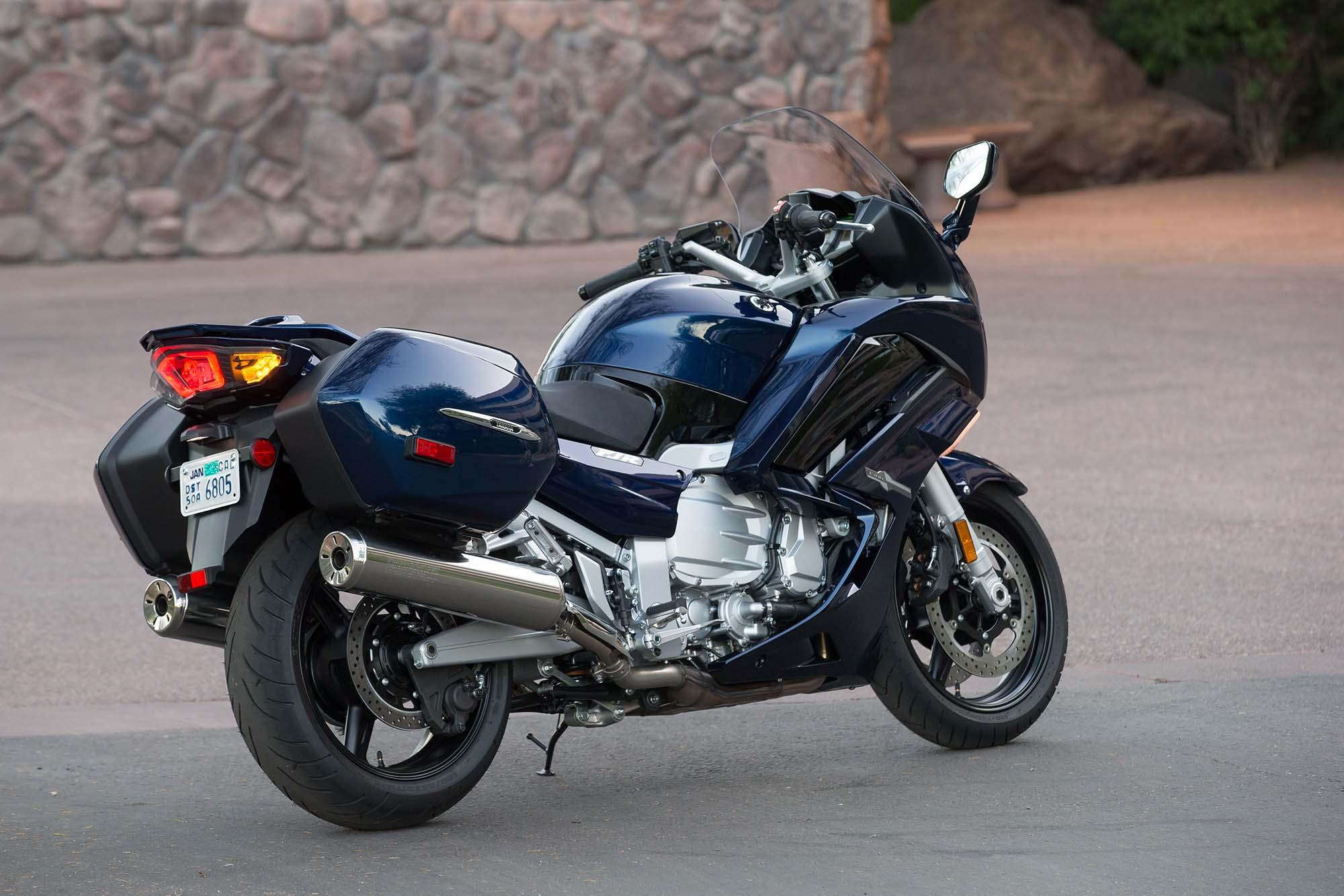 Yamaha Fjras Review