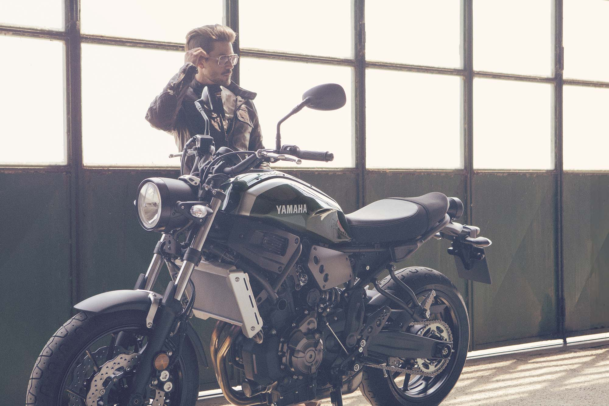 Lanesplitterjalopnik The Yamaha Xsr700 Is Ducati Scrambler Competitor We 1719558774