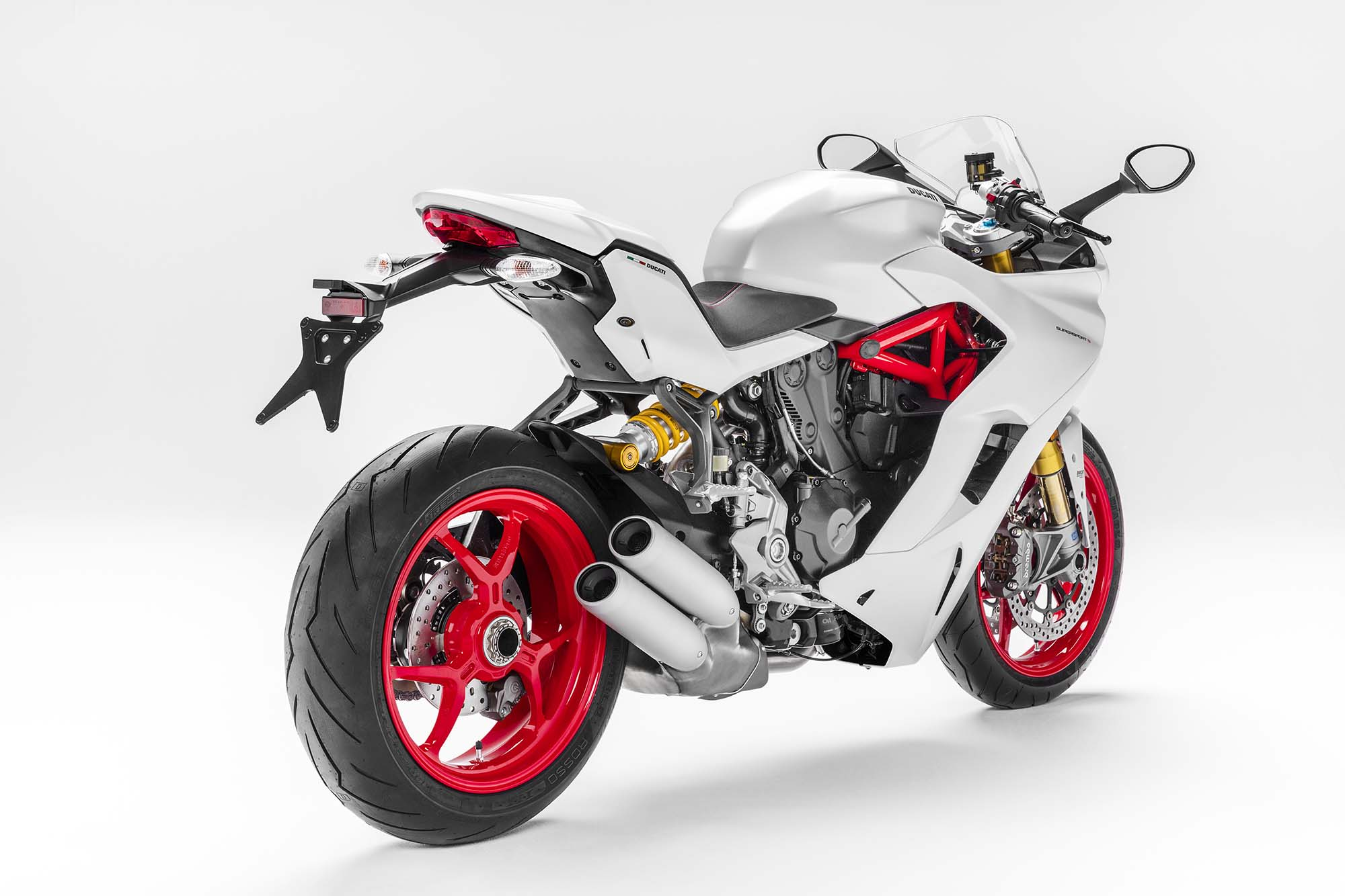 2017 ducati supersport the sport bike returns asphalt rubber. Black Bedroom Furniture Sets. Home Design Ideas