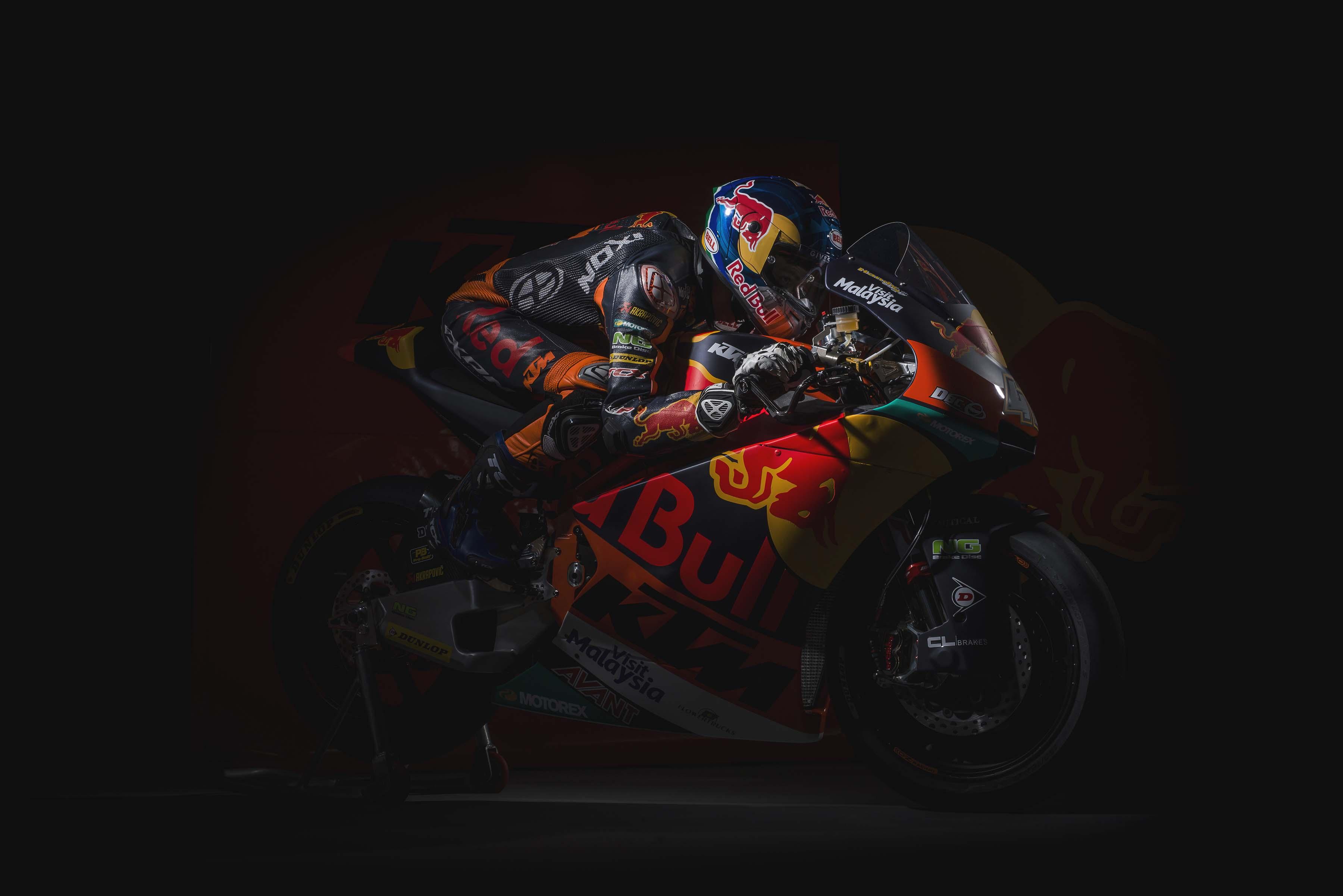 Moody Photos of the KTM Moto2 Race Bike - Asphalt & Rubber
