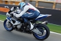 2013-bmw-s1000rr-hp4-17