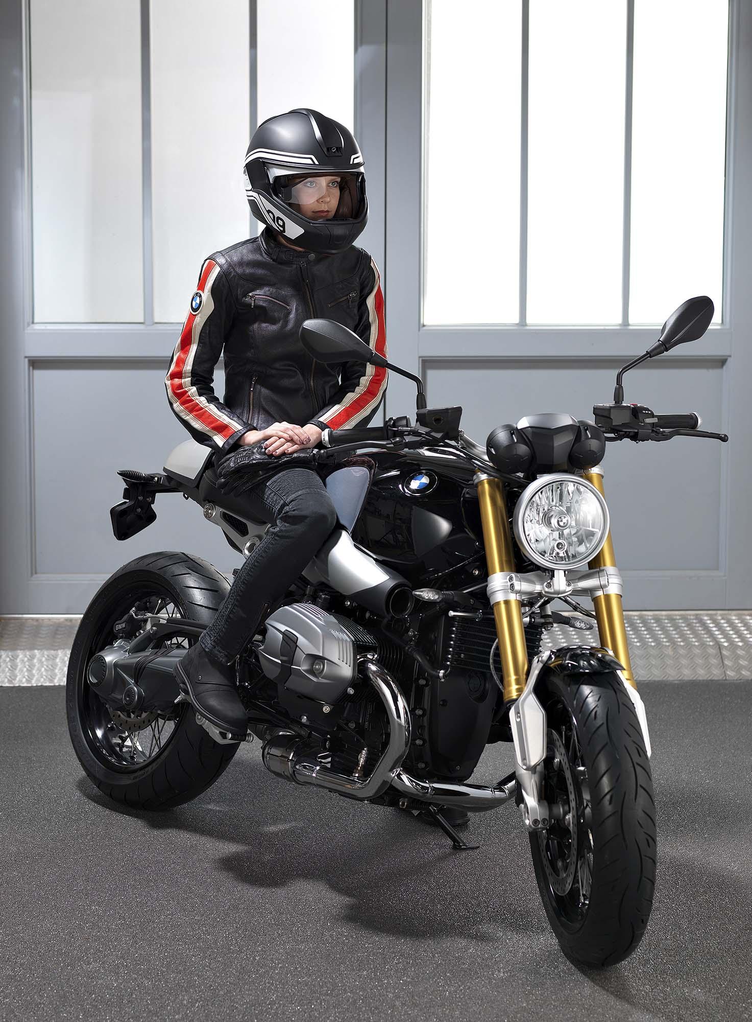 Hud Motorcycle Helmet >> BMW Developing HUD Motorcycle Helmet