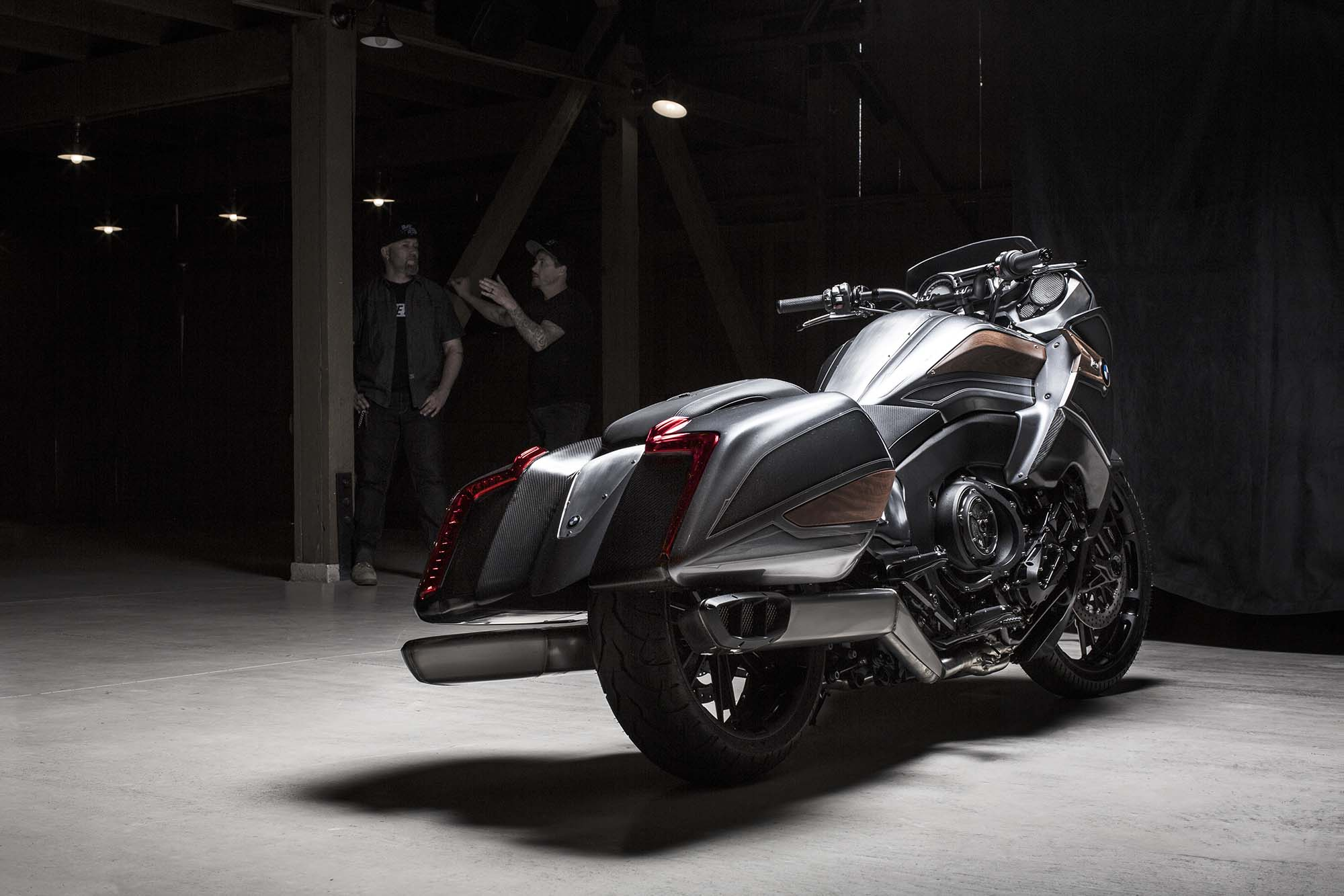 BMW Motorrad Concept 101 - Six Cylinders of Bagger ...