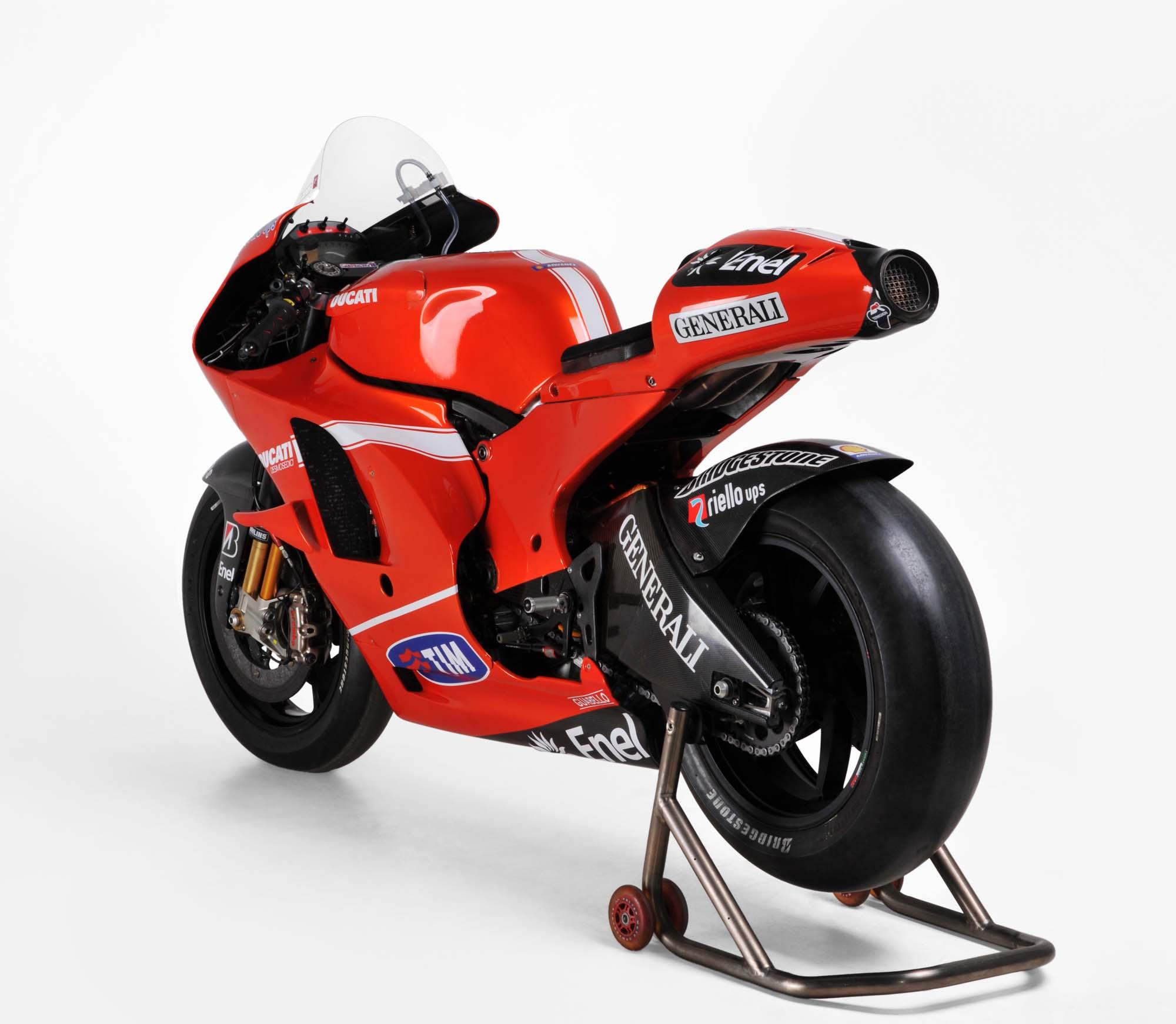 stoner rossi 39 s ducati motogp bikes up for auction asphalt rubber. Black Bedroom Furniture Sets. Home Design Ideas