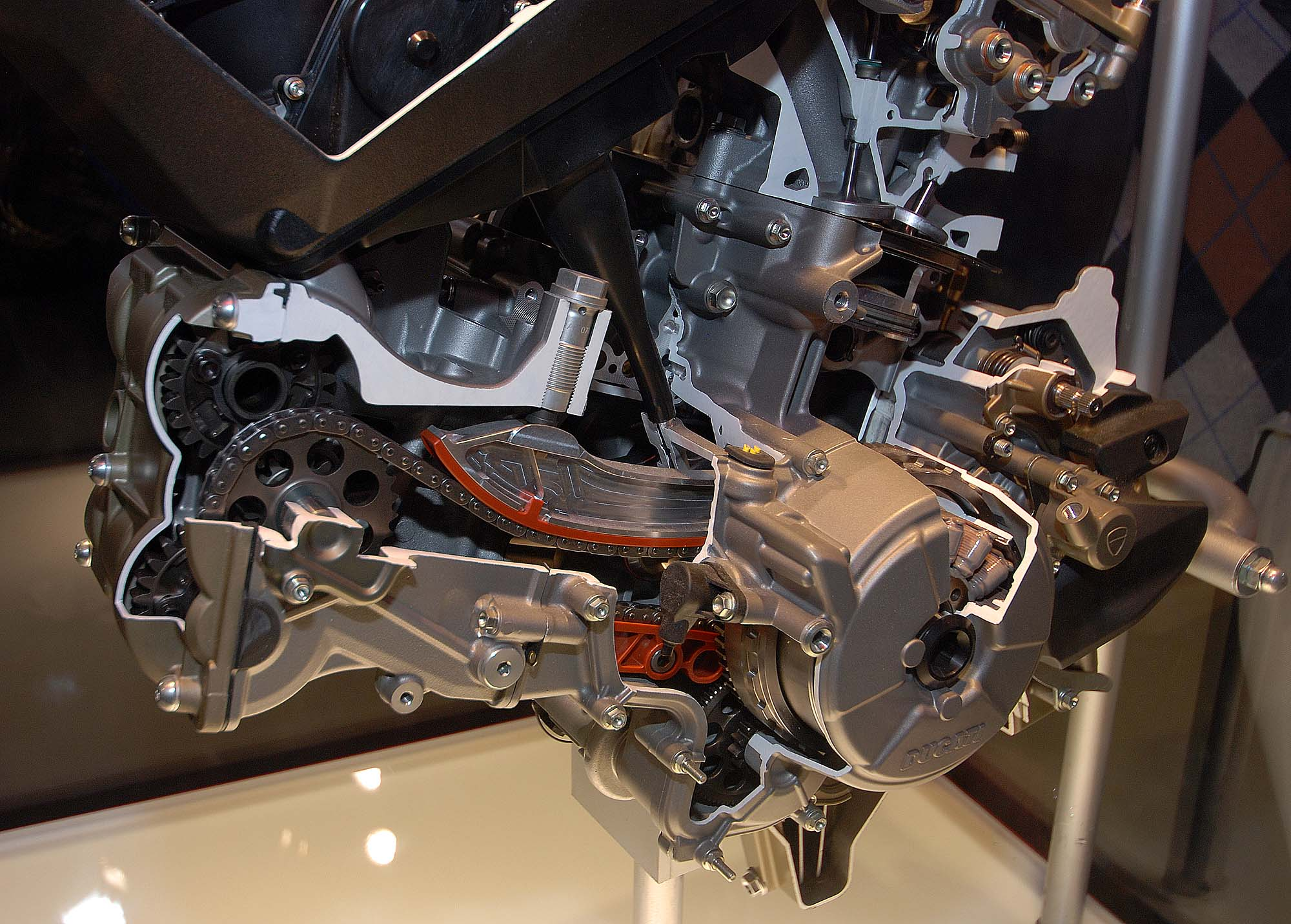 Cutaway Photos Of The Ducati Superquadro Engine Asphalt