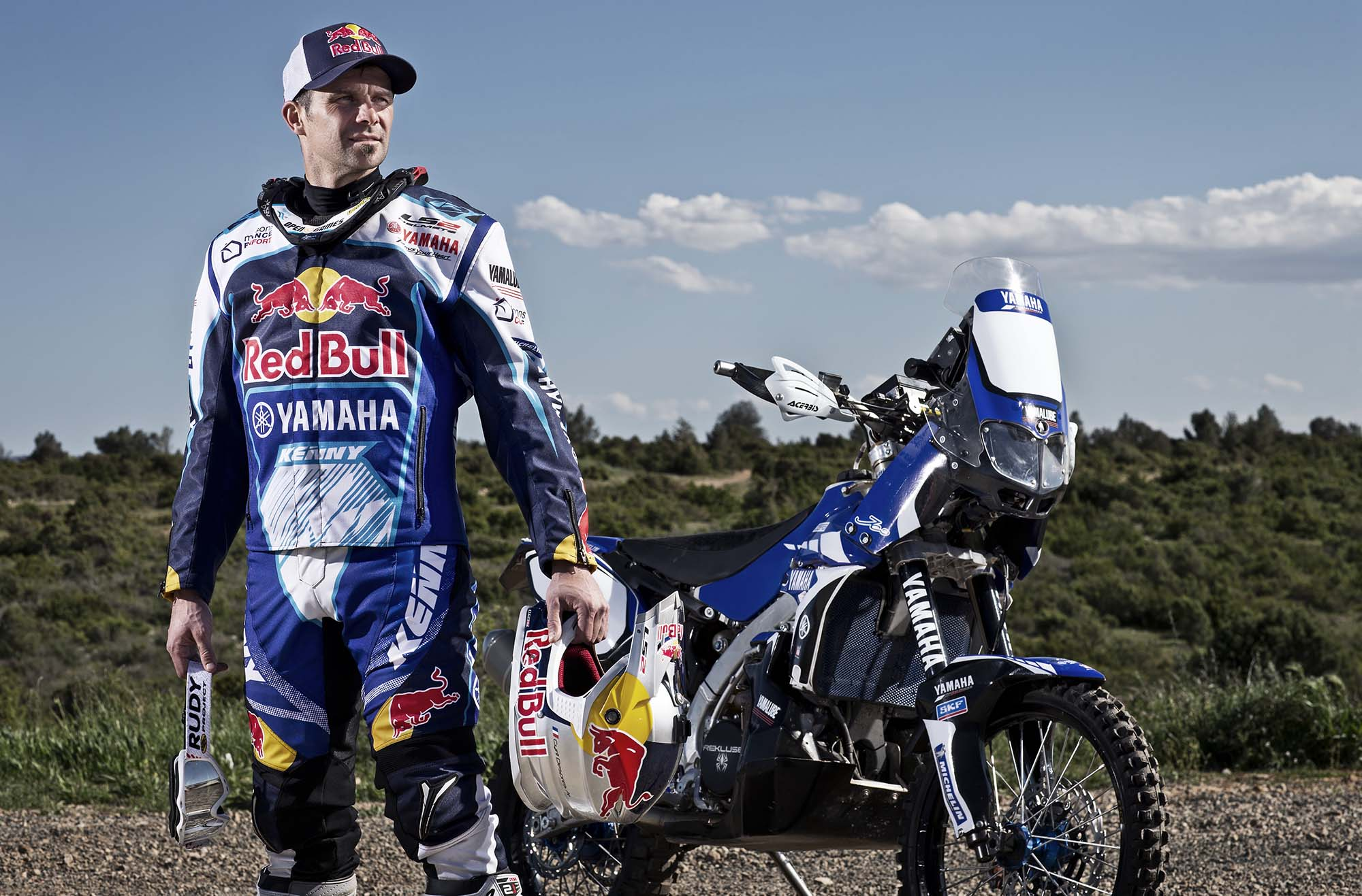 cyril despres will ride with yamaha in the 2014 dakar