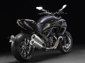2011-ducati-22-diavel-carbon36