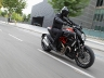 2011-ducati-68-diavel-carbon60