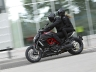 2011-ducati-71-diavel-carbon30