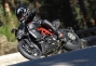 Asphalt & Rubber Photo Galleries thumbs 2011 ducati diavel carbon 03