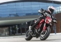 2013-ducati-hypermotard-action-photos-39