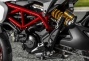 2013 Ducati Hypermotard Mega Gallery thumbs 2013 ducati hypermotard still photos 08