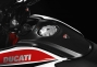 2013-ducati-hypermotard-studio-18