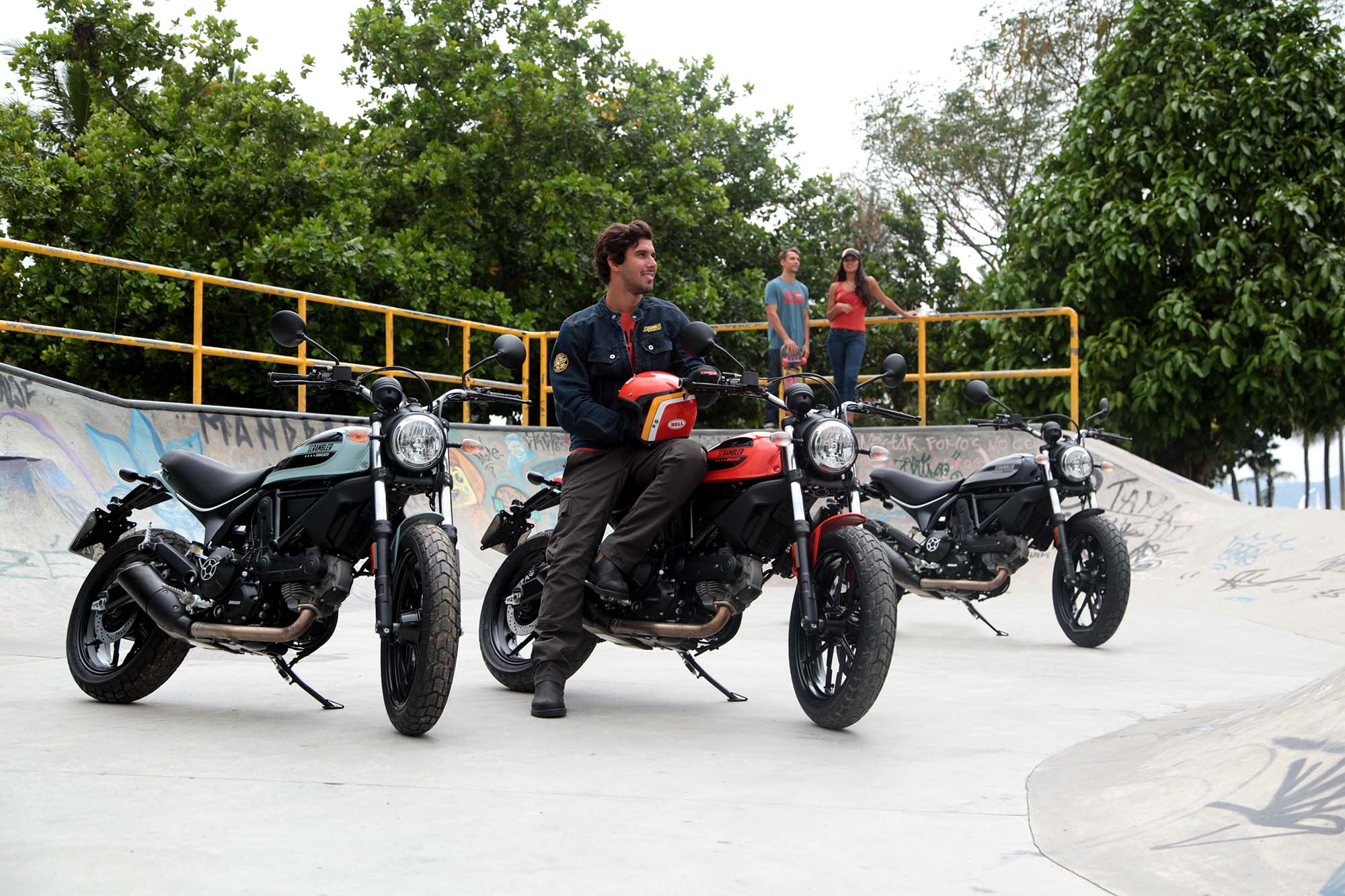 Ducati Scrambler Sixty Black