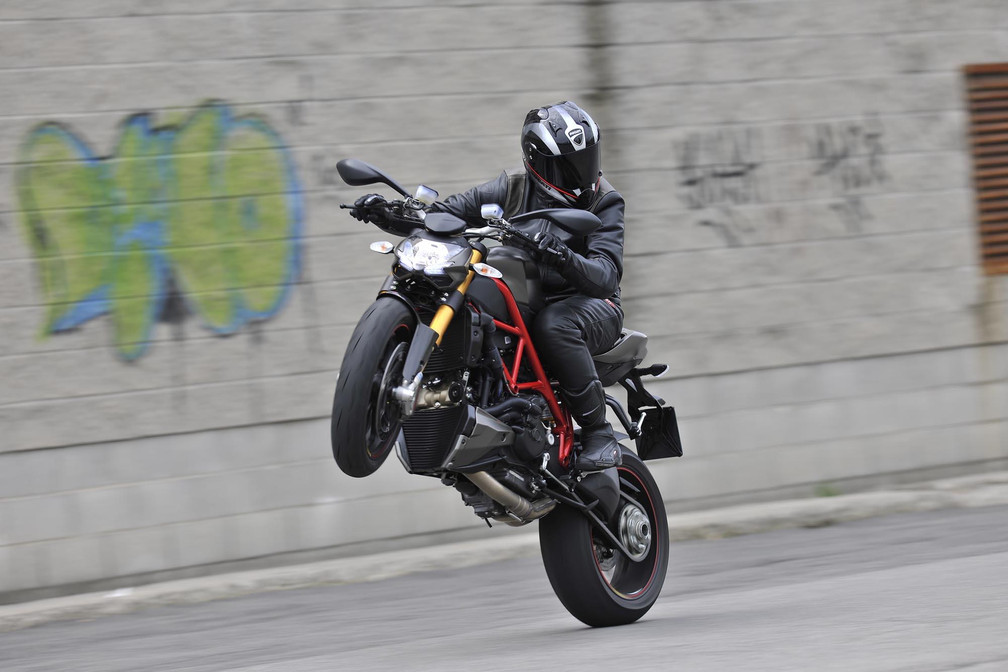 2012 Ducati Streetfighter 848 05