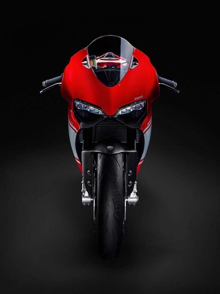 Ducati 1199 Superleggera Photo Leak 01